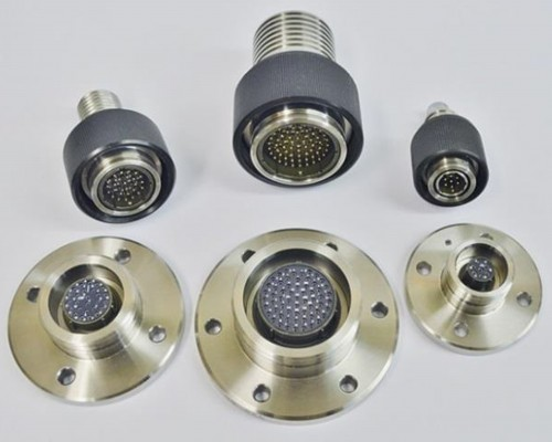 CEEP Subsea / Underwater Dry Mate Connectors. Our range of Subsea connectors are designed to withstand the extreme conditions during handling, deployment and service. The modular design offers great versatility with multiple options for electrical performance, size, pin configuration and material specification. Rated to 7,100 metres, these connectors can be supplied oil filled, moulded in polyurethane or polyethylene or un-terminated for field installation.